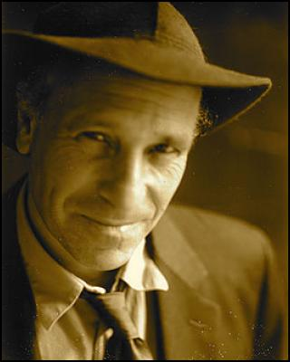 A conversation with Greg Palast on Voices from the Edge