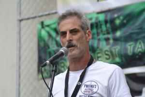 Michael Krawitz speaking at Seattle Hempfest in 2017