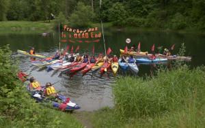 Kayactivists in Kalama at the No Methanol Land and Water action